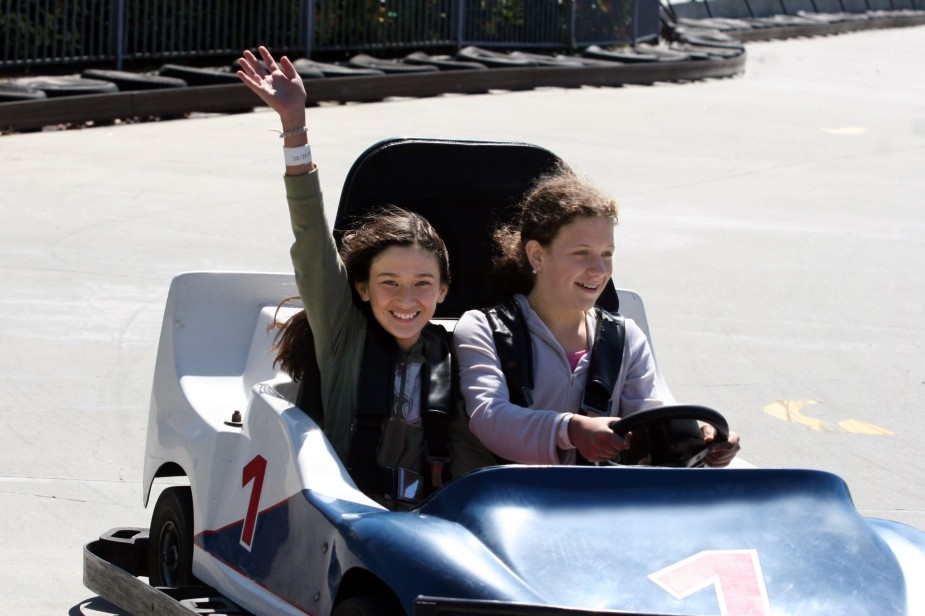 girls in go cart